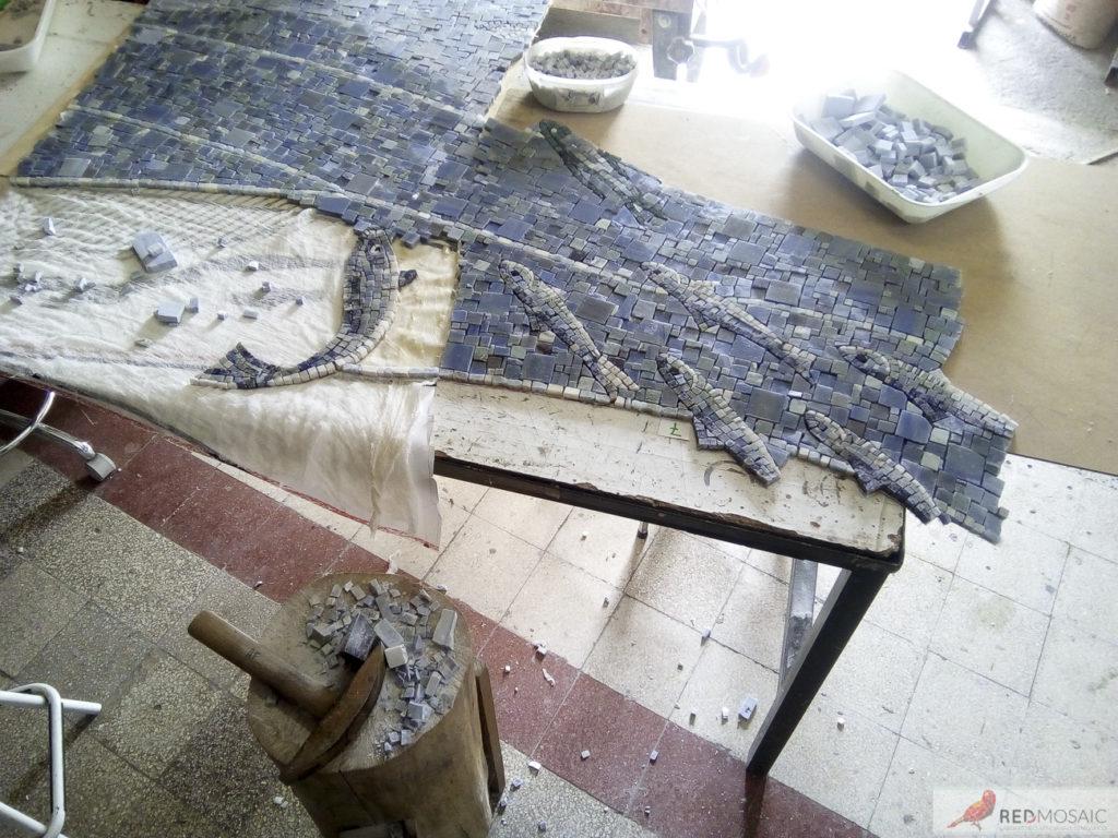 lavorazione del mosaico con tecnica indiretta presso il nostro laboratorio