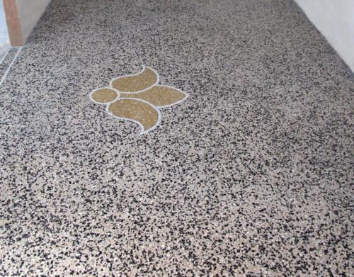 Terrazzo, pavimento in graniglia battuta